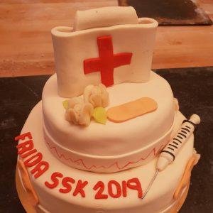 Tårta till sjuksköterskeexamen