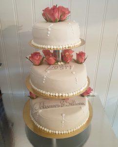 Bröllopstårta med Wilmafyllning